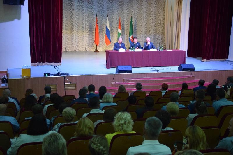 Вадим Андронов встретился с жителями городского поселения Селятино