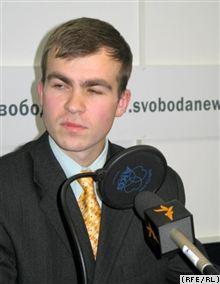 В Селятино совершено нападение на правозащитника Евгения Боброва
