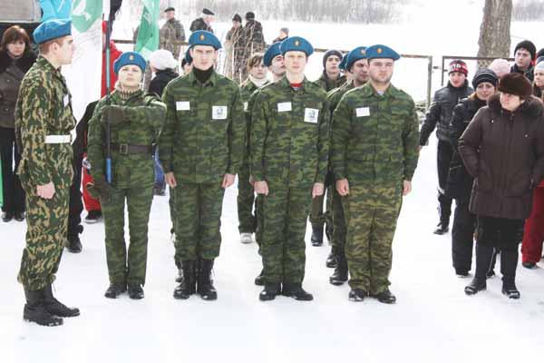 В д. Головково прошла военно-спортивная игра «Зарница»