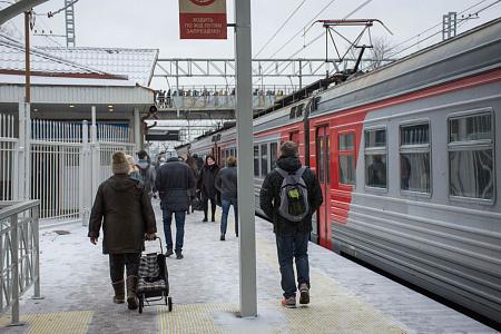 На Киевском направлении МЖД сломались токоприемники сразу у 3-х поездов