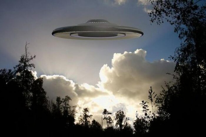 Уфолог рассказал откуда мог взяться НЛО над Селятино