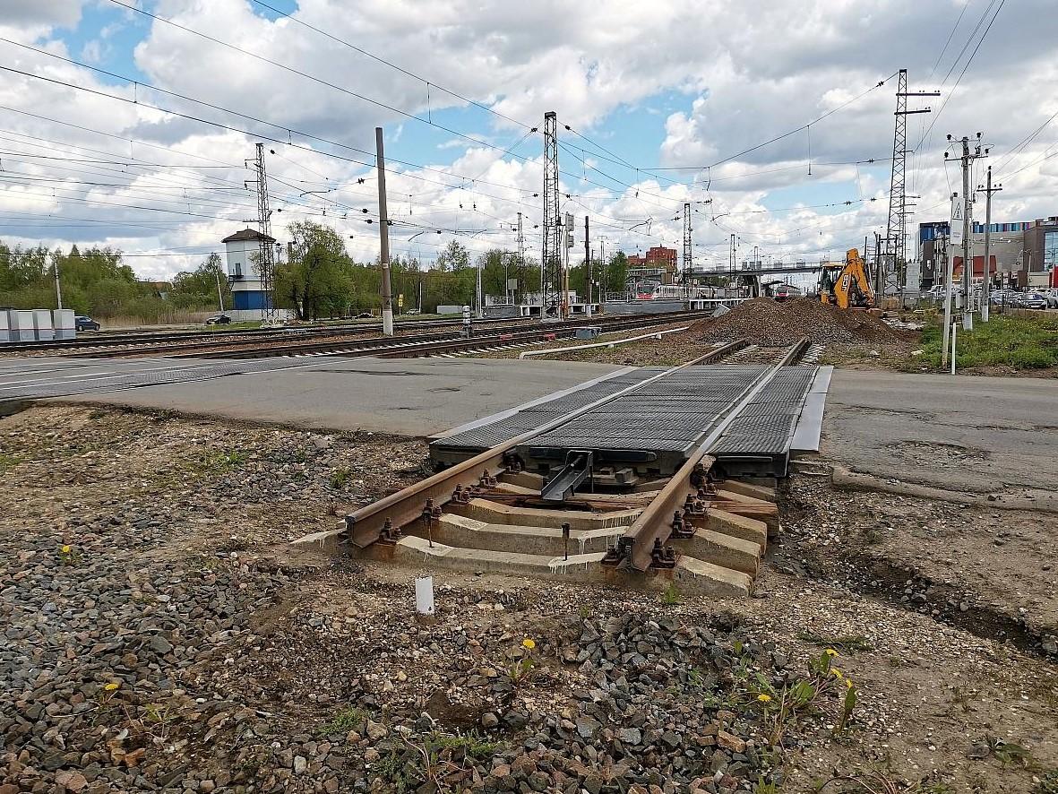 Строительство путепровода в Апрелевке
